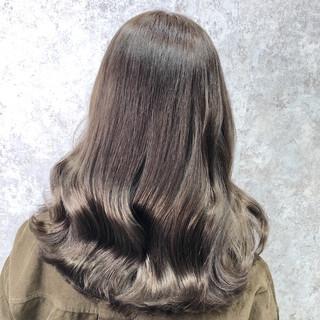 ヨシン巻き ロング デート イルミナカラー ヘアスタイルや髪型の写真・画像