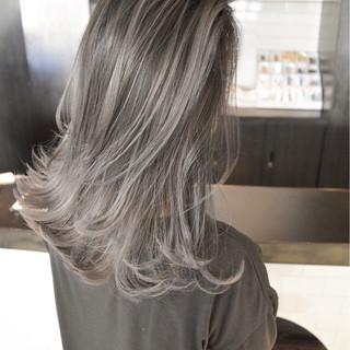 ストリート 外国人風カラー バレイヤージュ 外国人風 ヘアスタイルや髪型の写真・画像