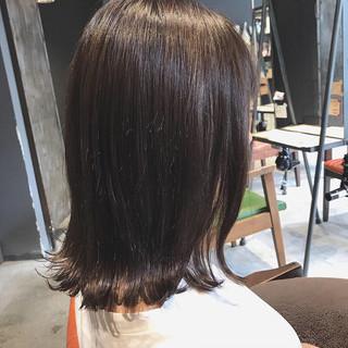 ナチュラル ミルクティーブラウン 切りっぱなし oggiotto ヘアスタイルや髪型の写真・画像