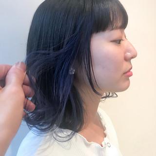 ネイビーブルー ブリーチ無し ブルーラベンダー フェミニン ヘアスタイルや髪型の写真・画像