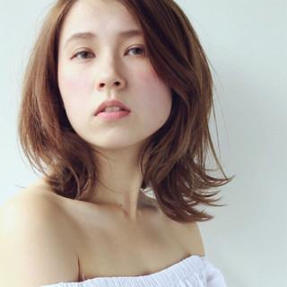 ハイライト デート 秋 ウェーブ ヘアスタイルや髪型の写真・画像