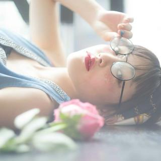 ギブソンタック ヘアアクセ ロング 透明感 ヘアスタイルや髪型の写真・画像