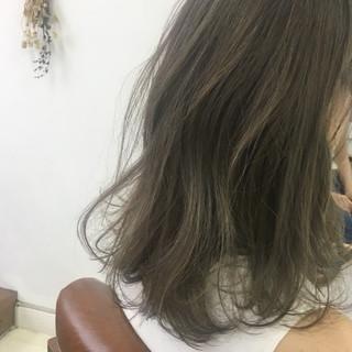 透明感 外国人風カラー ハイトーン ミディアム ヘアスタイルや髪型の写真・画像