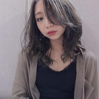 ミディアム 小顔 外国人風 ナチュラル ヘアスタイルや髪型の写真・画像
