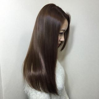 ストレート ナチュラル 艶髪 暗髪 ヘアスタイルや髪型の写真・画像