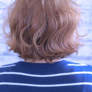 大人かわいい ゆるふわ ボブ ダブルカラー ヘアスタイルや髪型の写真・画像