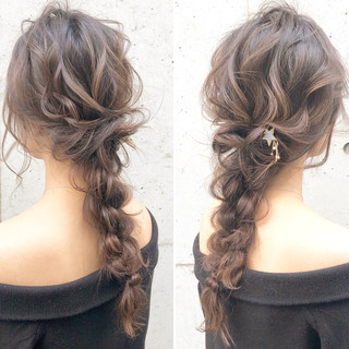 ヘアアレンジ フェミニン 簡単ヘアアレンジ アンニュイほつれヘア ヘアスタイルや髪型の写真・画像