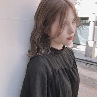 アッシュグレージュ ミルクティーベージュ ボブ オリーブベージュ ヘアスタイルや髪型の写真・画像