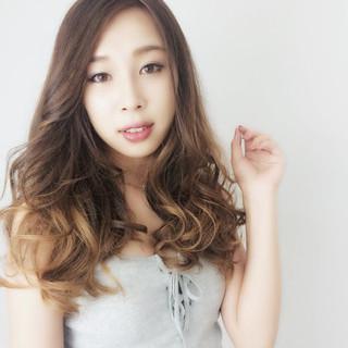 ハイライト 外国人風 グラデーションカラー ローライト ヘアスタイルや髪型の写真・画像 ヘアスタイルや髪型の写真・画像