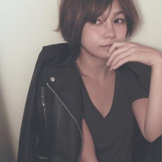 ショート レイヤーカット アッシュ 外国人風 ヘアスタイルや髪型の写真・画像