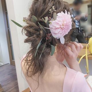 ガーリー 結婚式 セミロング アンニュイほつれヘア ヘアスタイルや髪型の写真・画像 ヘアスタイルや髪型の写真・画像