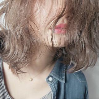 ハイライト レイヤーカット アッシュ 大人かわいい ヘアスタイルや髪型の写真・画像 ヘアスタイルや髪型の写真・画像