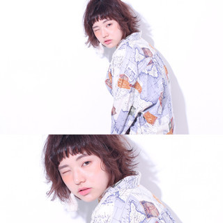 アッシュ 前髪あり ピュア 外国人風 ヘアスタイルや髪型の写真・画像 ヘアスタイルや髪型の写真・画像
