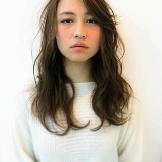 グラデーションカラー 大人かわいい 暗髪 ロング ヘアスタイルや髪型の写真・画像