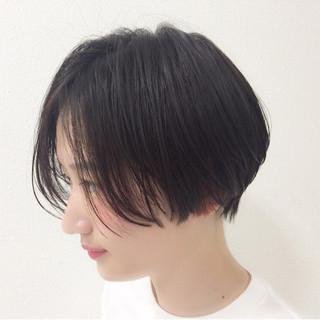 ウェットヘア 暗髪 ショート 黒髪 ヘアスタイルや髪型の写真・画像
