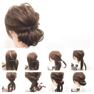 簡単ヘアアレンジ 大人女子 セミロング フェミニン ヘアスタイルや髪型の写真・画像 ヘアスタイルや髪型の写真・画像