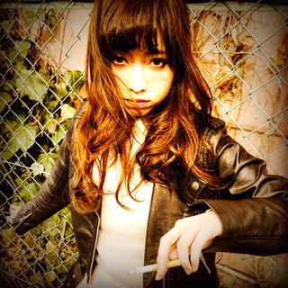 グラデーションカラー ロング 外国人風 前髪あり ヘアスタイルや髪型の写真・画像