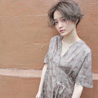ブリーチ パーマ ハイトーン ショート ヘアスタイルや髪型の写真・画像