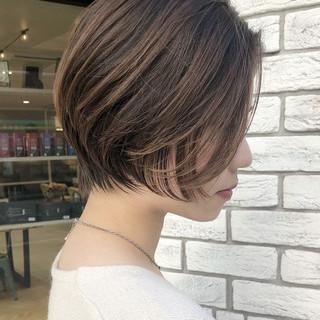 エレガント ショートヘア ショートボブ デート ヘアスタイルや髪型の写真・画像