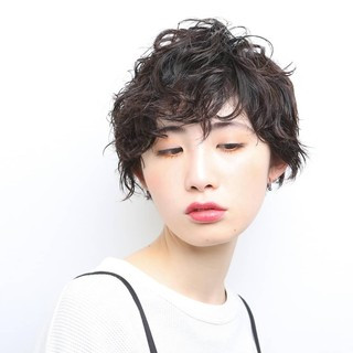 マッシュショート モード 阿藤俊也 PEEK-A-BOO ヘアスタイルや髪型の写真・画像
