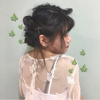 簡単ヘアアレンジ ヘアアレンジ 後れ毛 セミロング ヘアスタイルや髪型の写真・画像