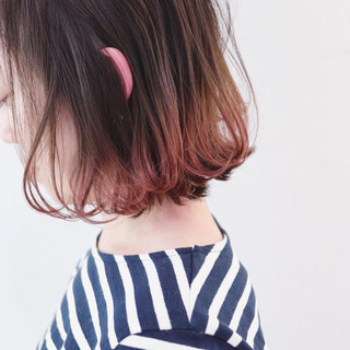 アンニュイほつれヘア ストリート グラデーションカラー パーマ ヘアスタイルや髪型の写真・画像 ヘアスタイルや髪型の写真・画像