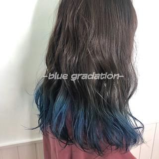 ネイビーブルー ストリート インナーブルー インナーカラー ヘアスタイルや髪型の写真・画像
