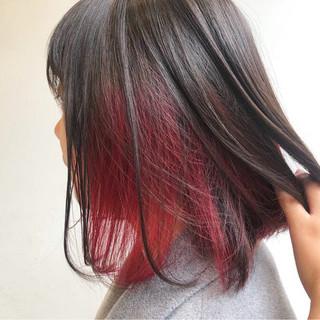 インナーカラー 色気 ワンレングス レッド ヘアスタイルや髪型の写真・画像 ヘアスタイルや髪型の写真・画像