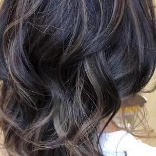 アウトドア バレイヤージュ ミディアム 大人ハイライト ヘアスタイルや髪型の写真・画像