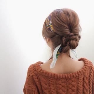 セミロング 大人女子 簡単ヘアアレンジ ショート ヘアスタイルや髪型の写真・画像