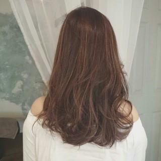 夏 ハイライト フェミニン ウェーブ ヘアスタイルや髪型の写真・画像