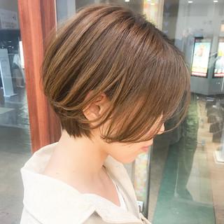 ショート ショートヘア コンサバ 横顔美人 ヘアスタイルや髪型の写真・画像