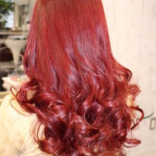 ピンク レッド ロング モード ヘアスタイルや髪型の写真・画像