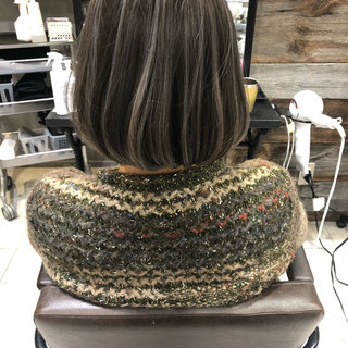 アンニュイほつれヘア ボブ ナチュラル グレージュ ヘアスタイルや髪型の写真・画像