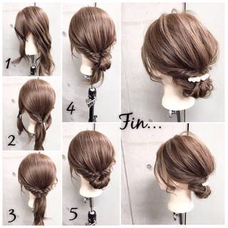 ナチュラル 簡単ヘアアレンジ ママ セミロング ヘアスタイルや髪型の写真・画像 ヘアスタイルや髪型の写真・画像