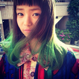 ストレート 外国人風 グラデーションカラー 暗髪 ヘアスタイルや髪型の写真・画像