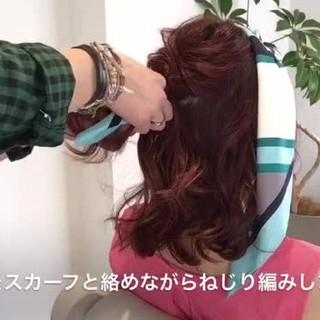 フェミニン ルーズ ヘアアクセ ミディアム ヘアスタイルや髪型の写真・画像