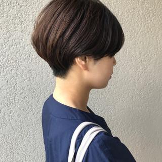 ショート 刈り上げショート ナチュラル ハンサムショート ヘアスタイルや髪型の写真・画像