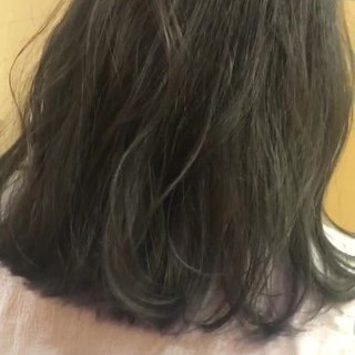 アッシュ ナチュラル 外ハネ 涼しげ ヘアスタイルや髪型の写真・画像
