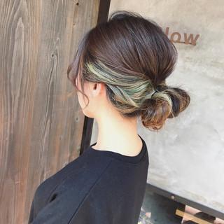 ストリート ブリーチ インナーカラー ミディアム ヘアスタイルや髪型の写真・画像