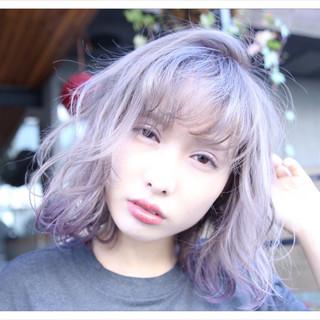 前髪あり フェミニン フリンジバング 外国人風 ヘアスタイルや髪型の写真・画像