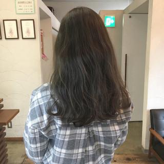 ナチュラル グレージュ 透明感 ロング ヘアスタイルや髪型の写真・画像