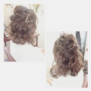 結婚式 ストリート ゆるふわ ショート ヘアスタイルや髪型の写真・画像 ヘアスタイルや髪型の写真・画像
