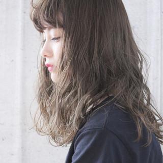 涼しげ 前髪あり アンニュイ 大人かわいい ヘアスタイルや髪型の写真・画像
