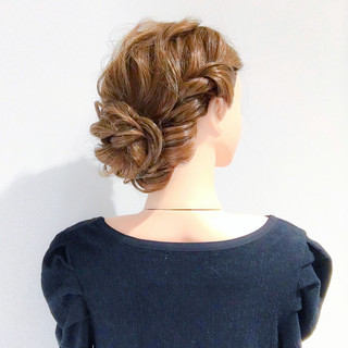 謝恩会 フェミニン アンニュイ 簡単ヘアアレンジ ヘアスタイルや髪型の写真・画像