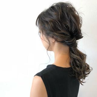 抜け感 前髪あり フェミニン ヘアアレンジ ヘアスタイルや髪型の写真・画像