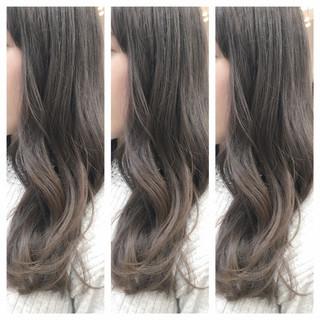 グラデーションカラー ナチュラル ブルージュ グレージュ ヘアスタイルや髪型の写真・画像