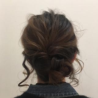 編み込み ゆるふわ 簡単ヘアアレンジ フェミニン ヘアスタイルや髪型の写真・画像