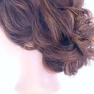 セミロング フェミニン ルーズ ヘアアレンジ ヘアスタイルや髪型の写真・画像