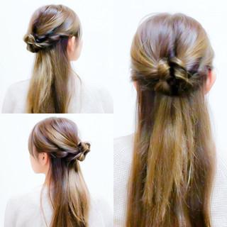 ロング くるりんぱ ヘアアレンジ セルフヘアアレンジ ヘアスタイルや髪型の写真・画像 ヘアスタイルや髪型の写真・画像